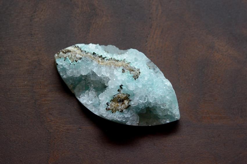 ジェムシリカ・ドゥルージー【8】 天然石ルース・カボション (43×22mm)