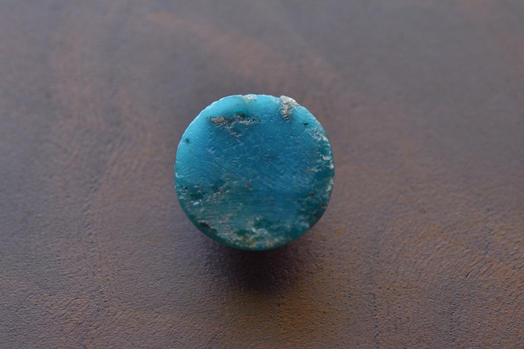 イラン産(ペルシャ)ターコイズ【24】天然石ルース・カボション(23.5×15mm)