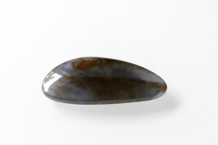 アイオライト(シルバーシーン)【17】天然石ルース・カボション(35×16mm)